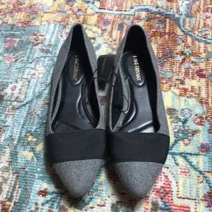 NWT Lane Bryant Pointed Toe Gray Flats Size 8W